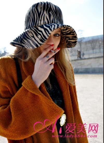 欧美掀起帽子热 各式造型由你选