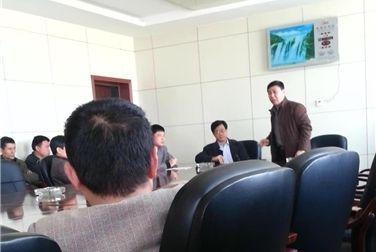 故城县交通局领导大骂客车运营商视频截图.