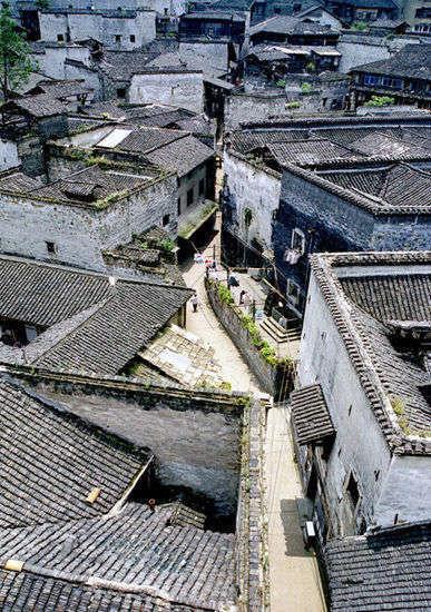 古城小街 作者:haoyanqiao2012