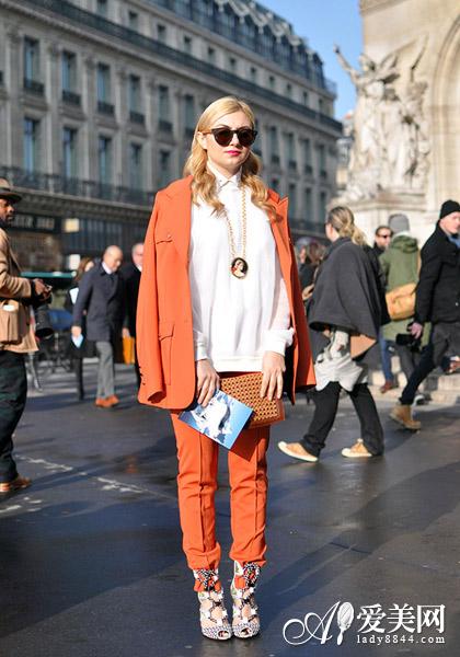 大牌质感纯色套装 穿出都市新风尚