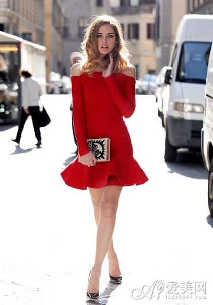 欧美街拍荷叶边裙装 显腿瘦全靠它
